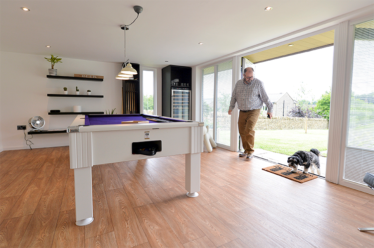 garden-room-with-pool-table-1-new.jpg